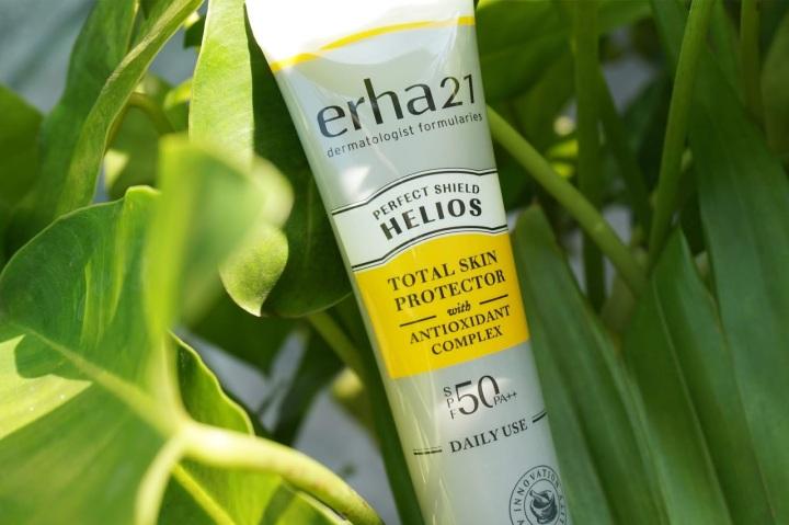 Review ERHA21 Helios Daily Use SPF 50 / PA++, Sunscreen yang Ringan untukSehari-hari